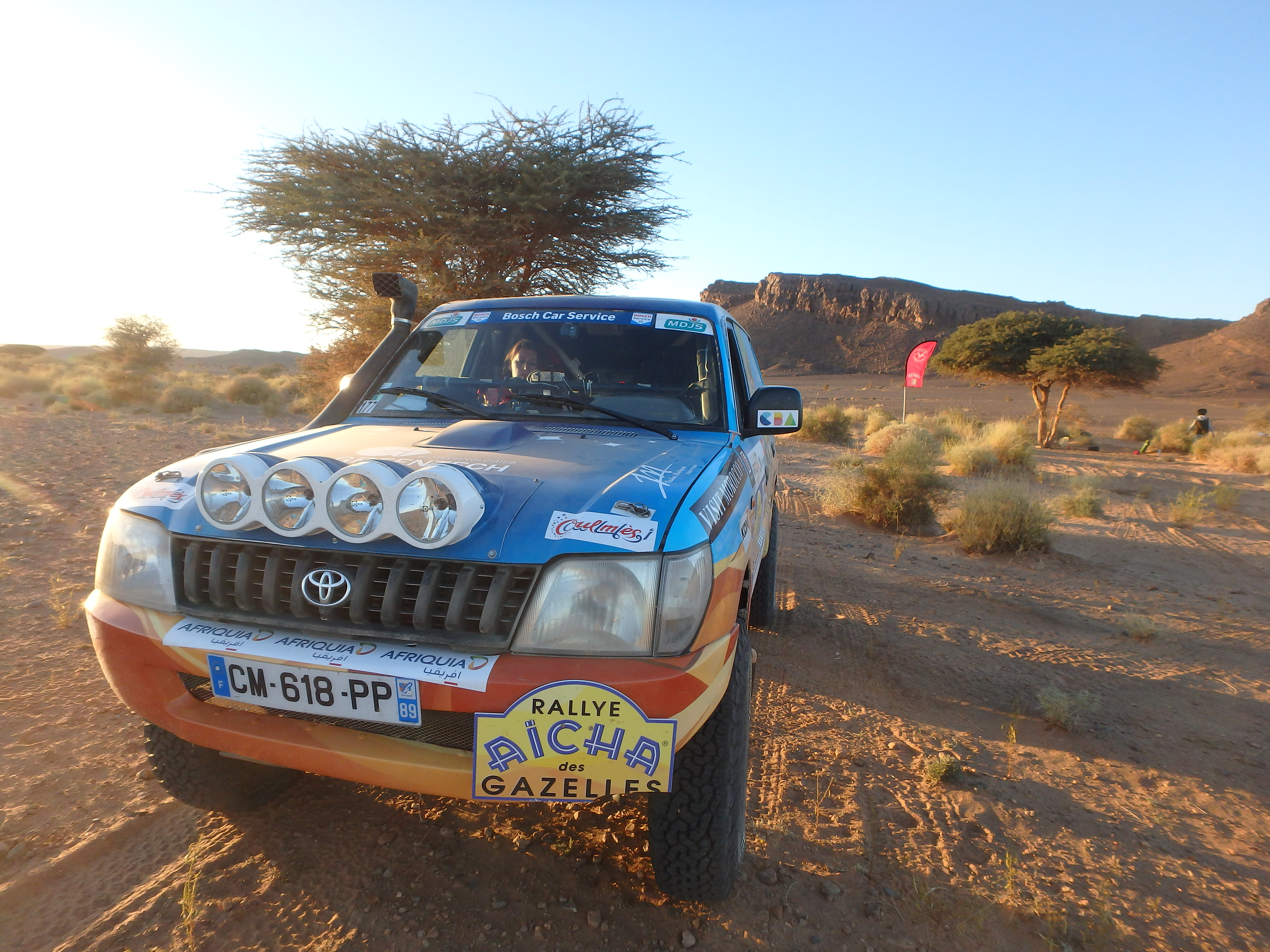 Rallye des Gazelles cap medina 4X4 à la balise